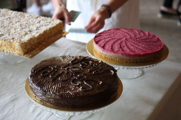 На даче у Мэл: дегустация десертов по-современному