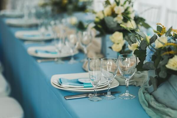 оформление свадьбы голубой