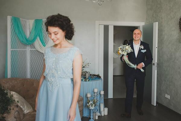 голубое оформление свадьбы