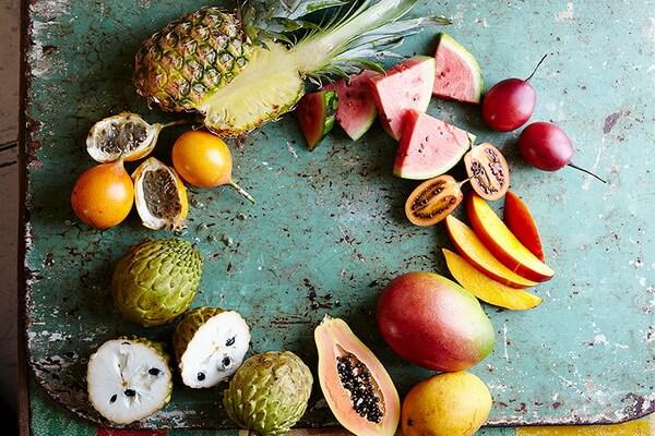 экзотические фрукты из Французской Полинезии