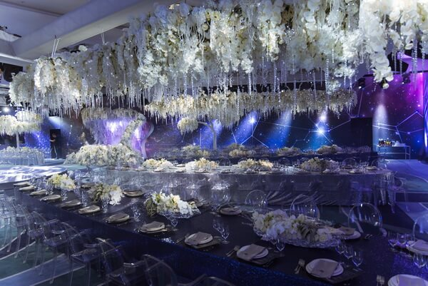 космическая свадьба зимой