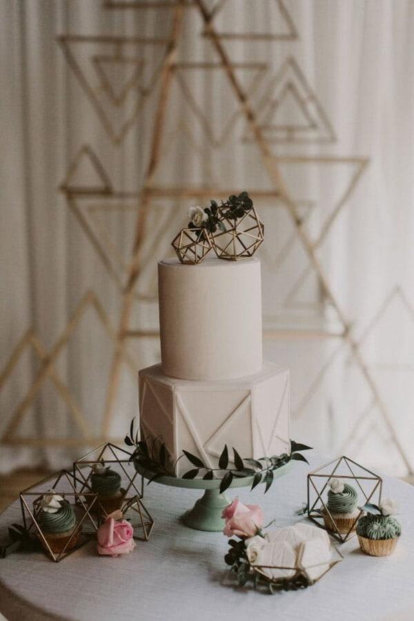 свадебный торт с геометрией