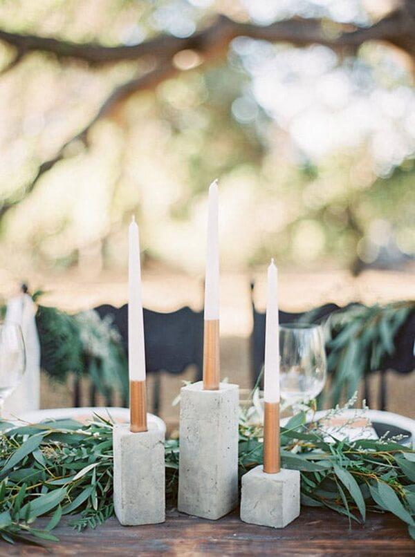 каменные подсвечники на свадьбе