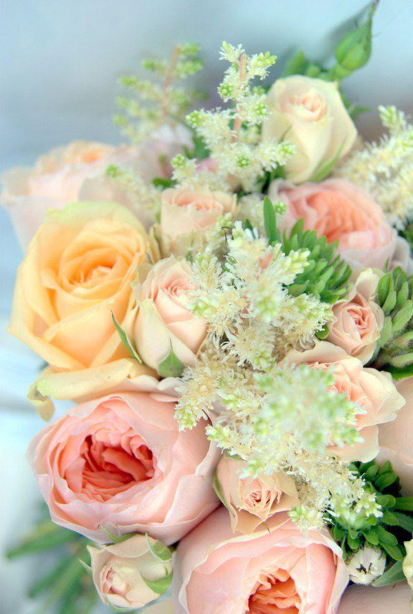 Букет персикового цвета фото